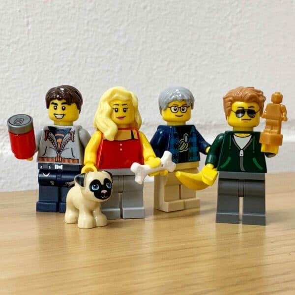 Personalised Minifigures Using LEGO® Parts